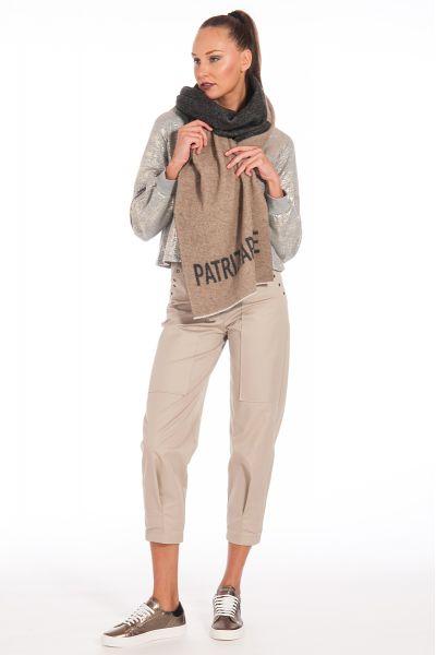 Sciarpa con Fly e Maxi Logo in Lana di Patrizia Pe