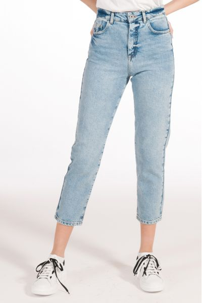 Jeans a Sigaretta
